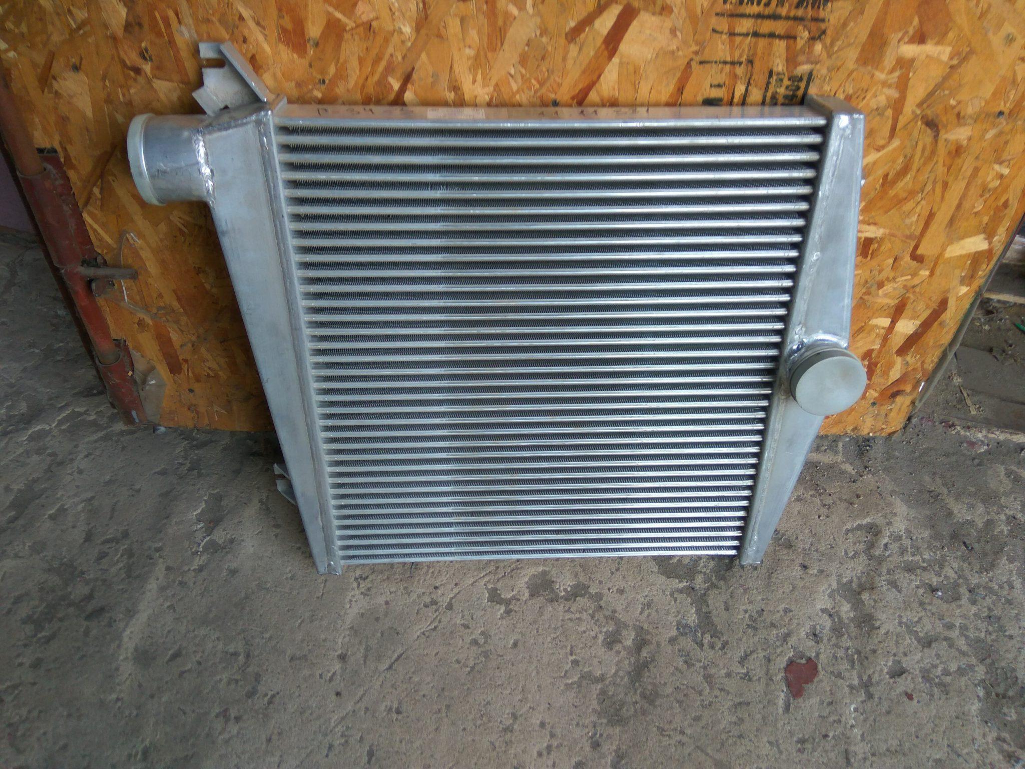 Охладитель 525636-1172010 /Таспо для ЯМЗ 6563-10/